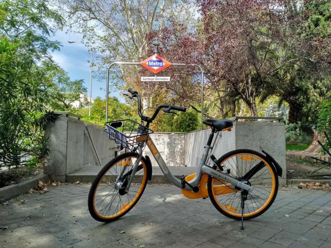 Llega a Madrid el alquiler de bicis sin estación de oBike