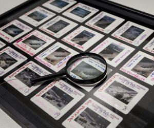 Las hojas de contacto de Magnum en la Fundación Canal