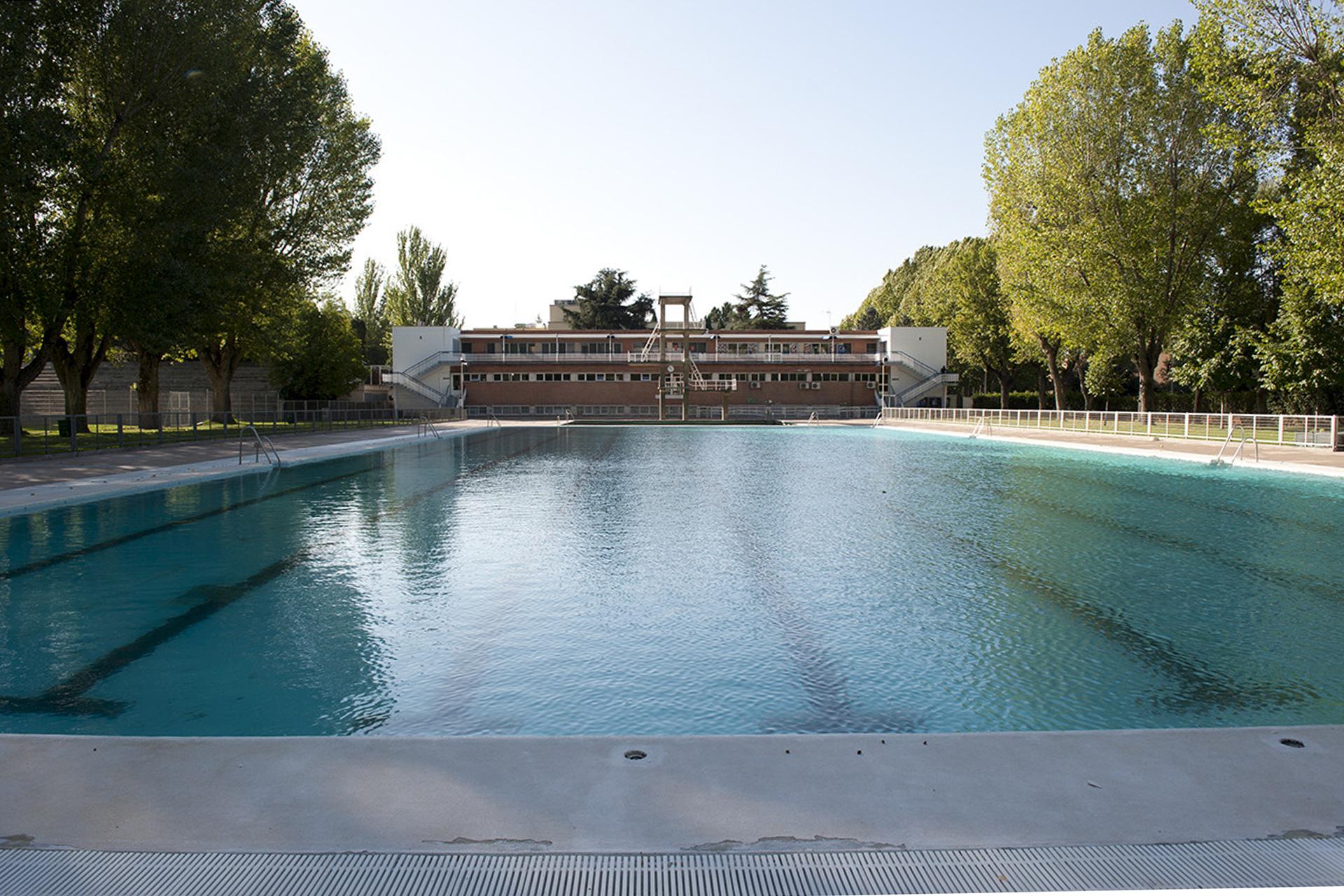La piscina de verano de la Complutense
